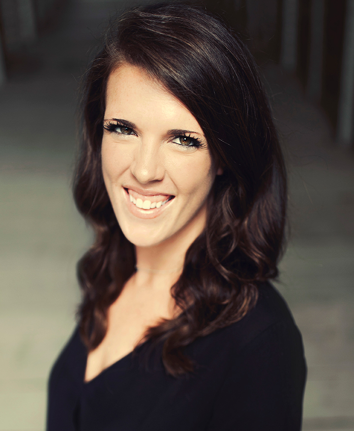 Nicole Burrus is an LAH Real Estate agent at the Crestline office.